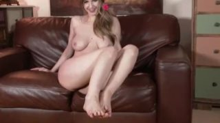 Stella Cox wants foot sex naked teasing feet encouraging you to jerk off